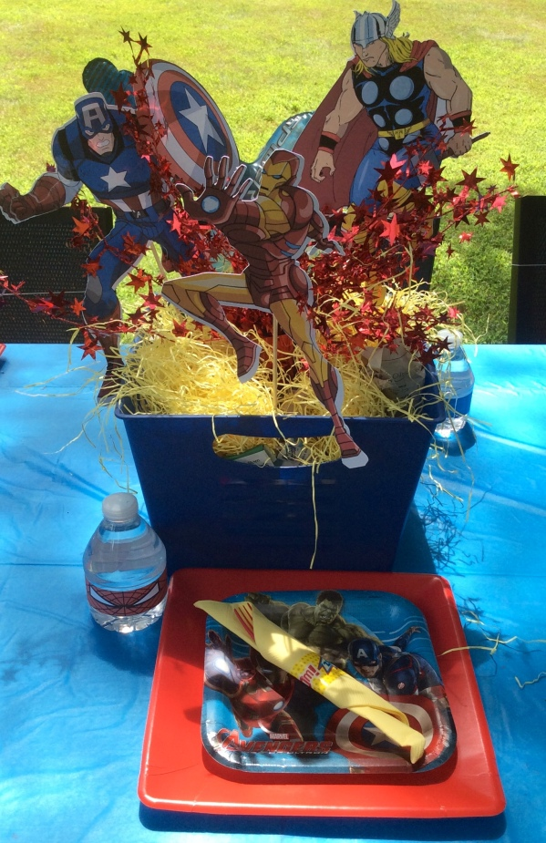 Avengers Birthday Party - Place Setting & Centerpiece